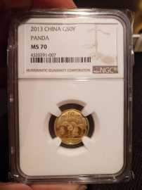 2013年1/10盎司熊猫金币